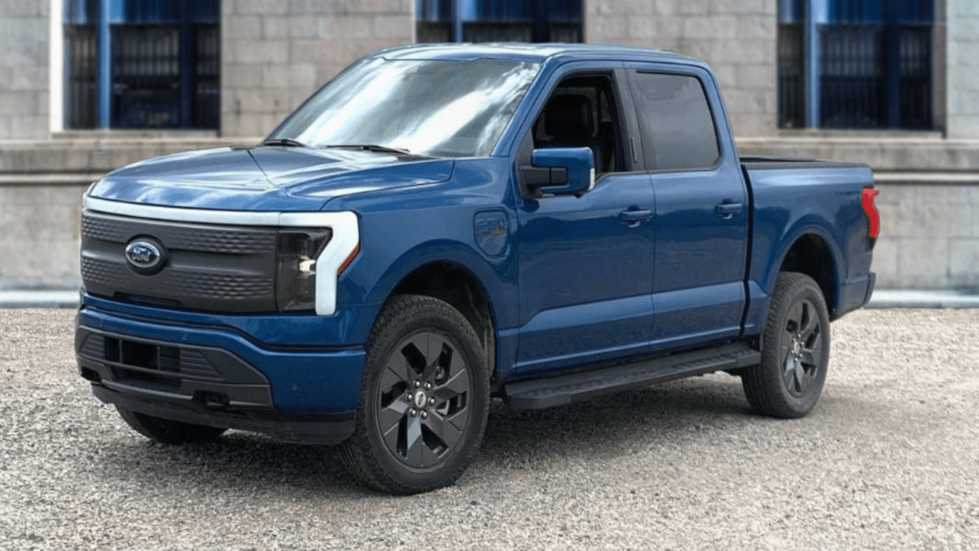 Ford says reservations for F-150 Lightning electric pickup have topped 120,000